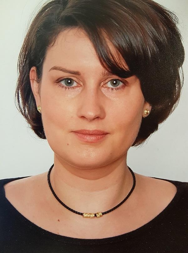 Dr. Corinna Urmann